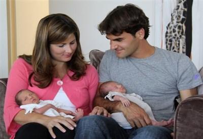 Roger Federer e Mirka Vavrinec ai tempi della nascita di Charlene Riva e Myla Rose