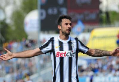 Mirko Vucinic, attaccante Juventus (Infophoto)