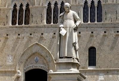 La sede di Monte Paschi a Siena (LaPresse)