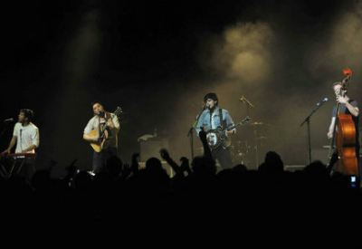 Mumford and Sons (Infophoto)
