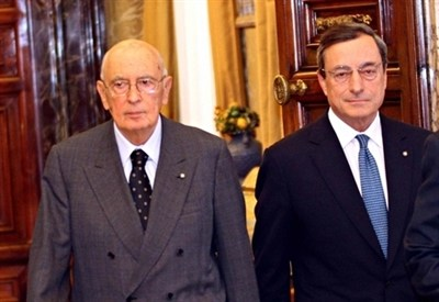 Giorgio Napolitano e Mario Draghi (Infophoto)