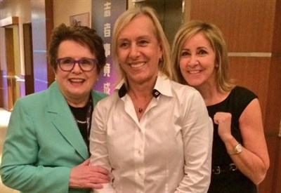Martina Navratilova (58 anni) con Billie Jean King (71) e Chris Evert (60)