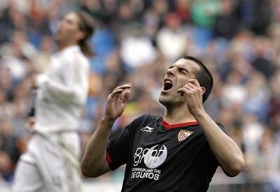 Alvaro Negredo, attaccante del Siviglia (Infophoto)