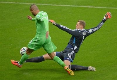 Manuel Neuer, 28 anni, portiere del Bayern Monaco e della nazionale tedesca (Infophoto)