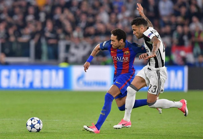 Calciomercato Juventus, Dani Alves - La Presse