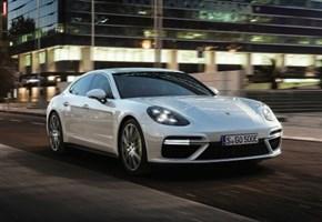 GINEVRA / Panamera Turbo S E-Hybrid, il nuovo top di gamma di Porsche (fotogallery)