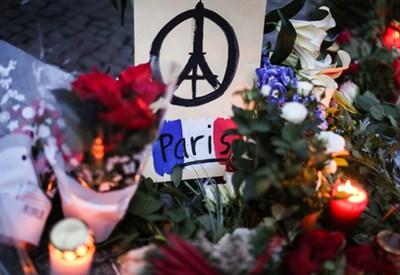 Gli attentati di Parigi (Infophoto)