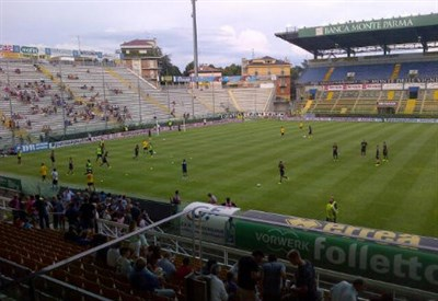 Il Parma si riscalda al Tardini: qui, prima del Monaco