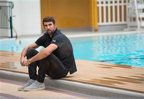 Phelps vs squalo/ Video, la grande sfida è una truffa? Il trucco c'è, l'americano aveva paura, ha vinto...
