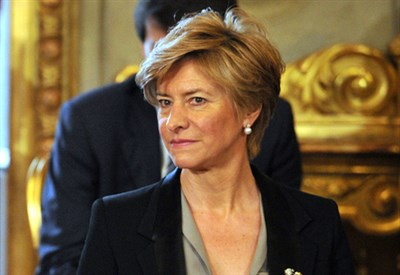 Il ministro della Difesa Roberta Pinotti (Infophoto)