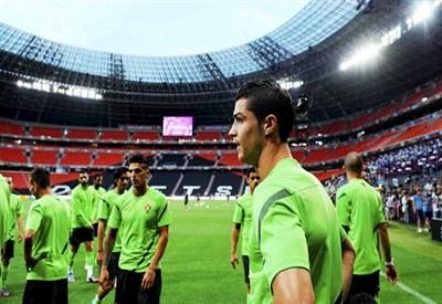 Il Portogallo in allenamento (Infophoto)