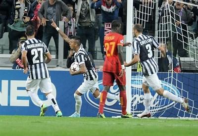 Arturo Vidal a segno contro il Galatasaray (Infophoto)