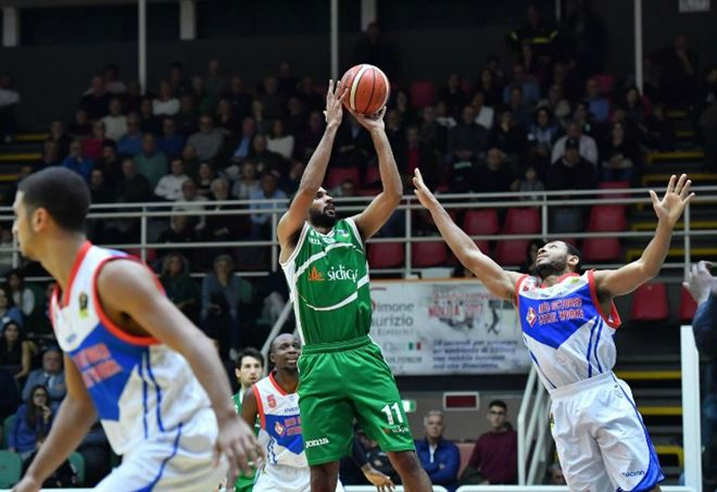 Diretta Tsmoki Minsk Avellino, basket Europe Cup gara-2 (Foto LaPresse)