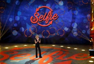 Simona Ventura guiderà Selfie - Le cose cambiano