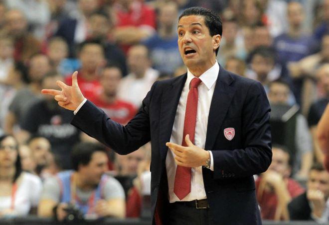 L'Olympiacos piega l'Efes. Spanoulis show: Final Four