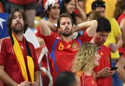 La delusione dei tifosi spagnoli: Furie Rosse eliminate (Infophoto)