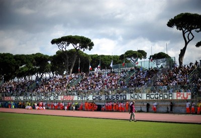 Lo stadio Bresciani di Viareggio (Infophoto)