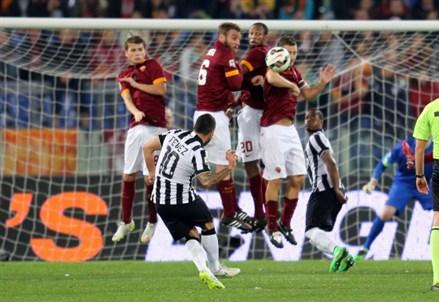 Pagelle/ Roma-Juventus (1-1): i voti della partita (Serie A 2014-2015 25^ giornata)
