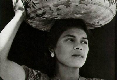Una fotografia di Tina Modotti