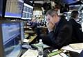 Spread sale ancora e sfonda quota 200 punti/ Capitali in fuga per 380 milioni di dollari, record da 2014