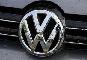 1 ANNO DI DIESELGATE/ Così Volkswagen si è trasformata in un bancomat