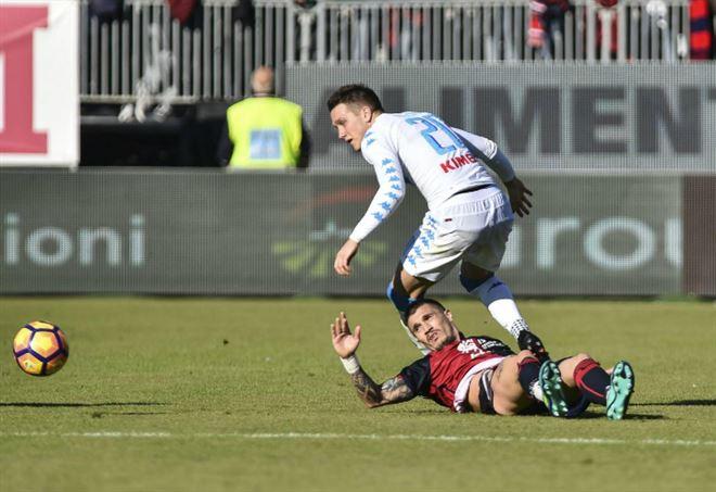 Napoli - Mertens indosserà la maglia azzurra fino al 2021