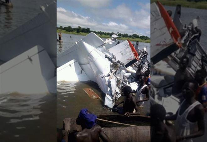 Sud Sudan, aereo precipita nel lago: 19 morti - Twitter