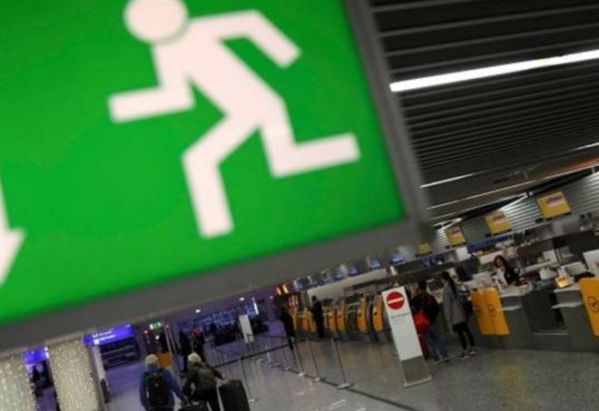 Francoforte. Spray irritante all'aeroporto: 6 persone lievemente ferite