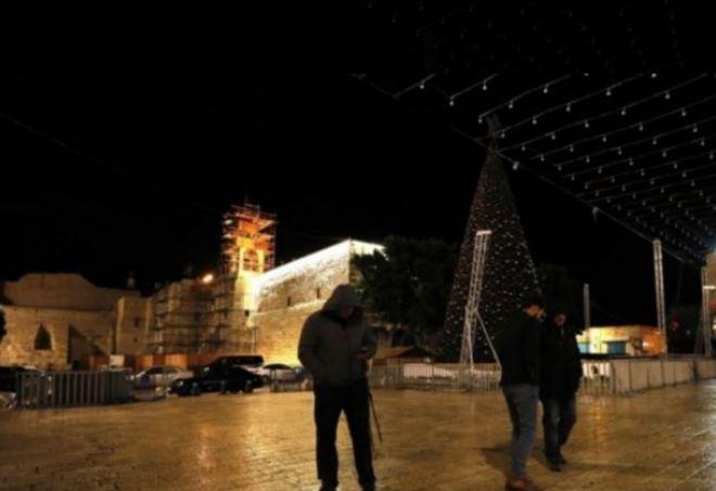 Albero di Natale spento a Betlemme (Twitter)