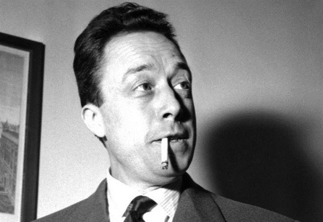 Albert Camus a Torino nel 1954 (LaPresse)