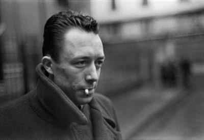 Albert Camus (1913-1960) (Immagine d'archivio)