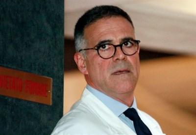 Alberto Zangrillo, del S. Raffaele, ha curato Michi (Infophoto)