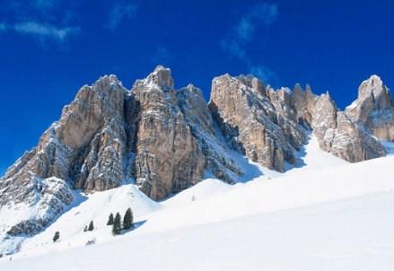AMBIENTE/ Nello spazio alpino si fa strada la neutralità climatica