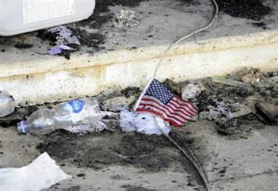Al consolato di Bengasi, dopo l'assalto (InfoPhoto)