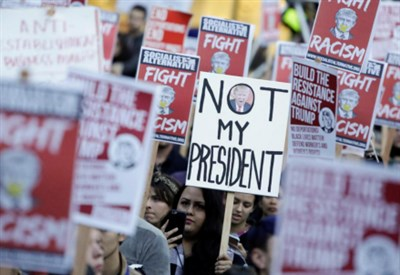 Proteste anti-Trump dopo il voto (La Presse)