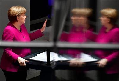 SCENARIO/ Germania e Italia, piani e calcoli per la fine dell'euro