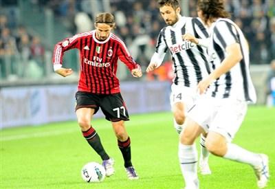Luca Antonini   (Infophoto)