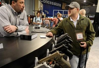 Fiera della armi di Las Vegas - Infophoto