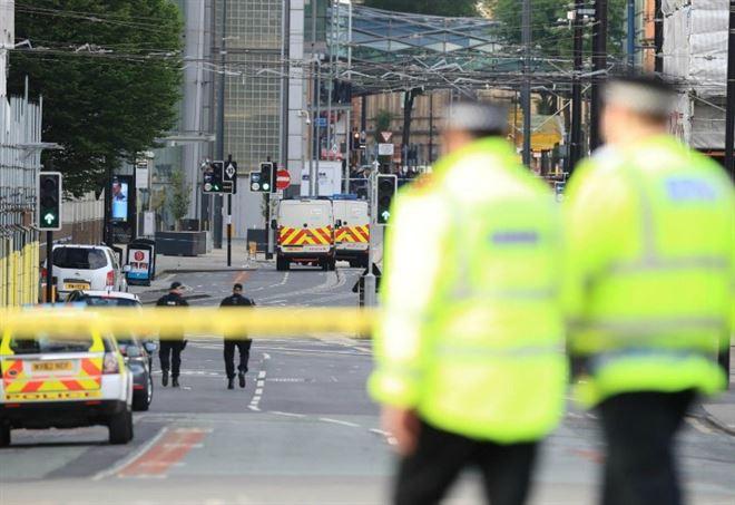 Attentato a Manchester, il generoso gesto della mamma di Ariana Grande