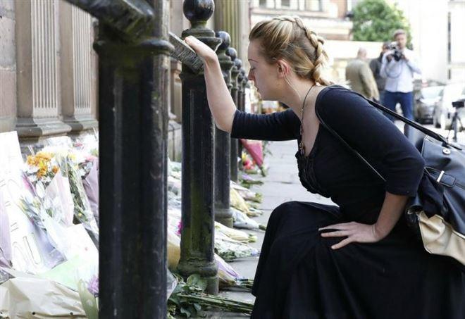 Melania Trump, il discusso cappotto Dolce&Gabbana scelto per la visita a Catania
