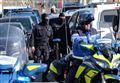 FRANCIA, ACCOLTELLA 2 PERSONE URLANDO ALLAH AKBAR/ Ultime notizie: avrebbe chiesto ai poliziotti di ucciderla