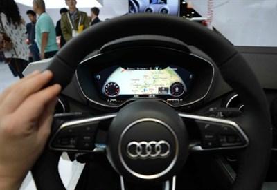 Il volante di un'auto