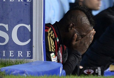 Il pianto di Mario Balotelli (Infophoto)