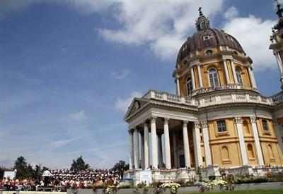 La basilica di Superga, dove è arrivata la Milano-Torino (Infophoto)