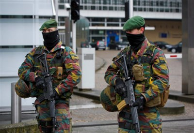 Misure anti-terrorismo (Infophoto)