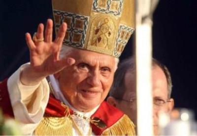 Benedetto XVI, a Milano per l'Incontro mondiale delle famiglie (InfoPhoto)