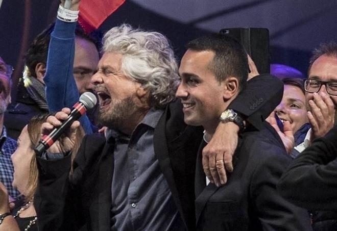 Beppe Grillo e Luigi Di Maio (LaPresse)