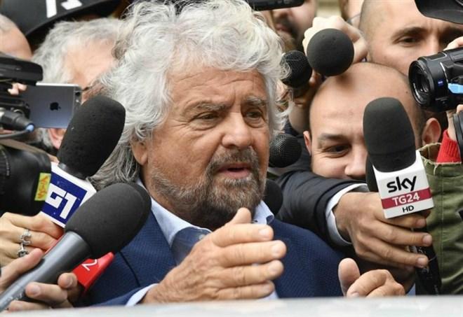 Riforma pensioni 2017, la proposta di Beppe Grillo sulle pensioni (Lapresse)