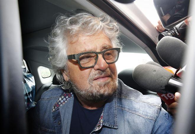Beppe Grillo attacca l'omeopatia - La Presse