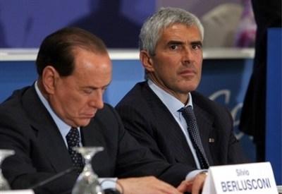 Silvio Berlusconi e Pierferdinando Casini (InfoPhoto)